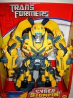 ����������� Cyber Stompin 4+81067 -82421  Hasbro  ������� ����������� TRANSFORMERS CYBER STOMPIN�